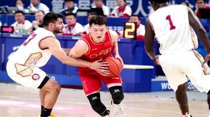 四连胜!中国男篮击败卡塔尔 以小组第一晋级半决赛