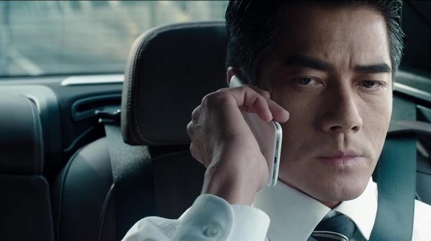 寒战2:神秘来电威胁警官,要求释放犯人不然家人会有危险