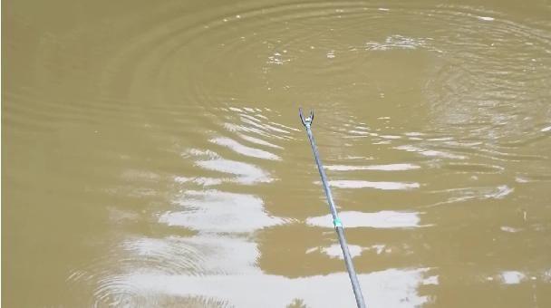 空军基地钓大鲤鱼
