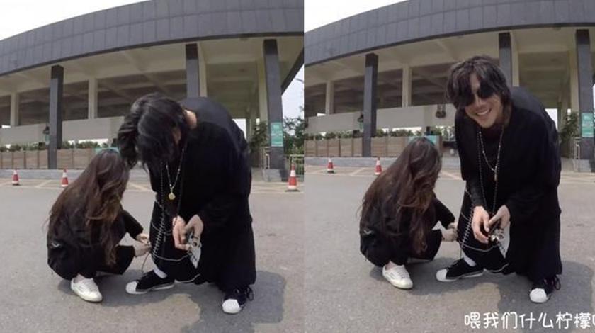 郭碧婷蹲在地上,亲自给向佐整理裤腿,细节流露真情和甜蜜