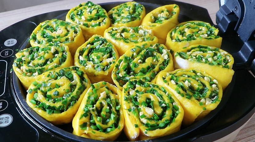 南瓜和韭菜这样做太好吃了,外酥里软层层香,一大锅上桌瞬间扫光