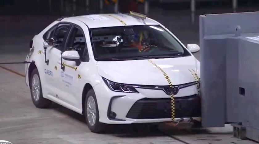 丰田卡罗拉汽车碰撞测试