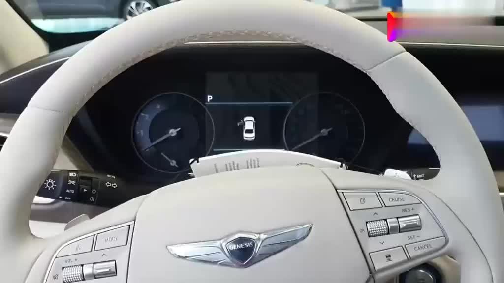 2020款现代捷恩斯G90到店实拍,听说要已经国内了,拭目以待