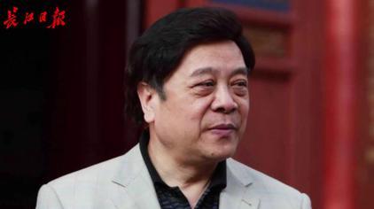 赵忠祥因病今晨去世,一分钟回顾他主持过的经典节目