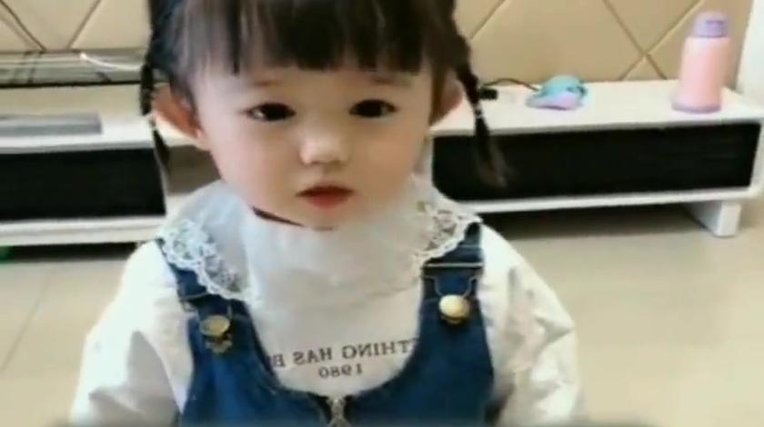 2岁小宝宝和妈妈告状,说了这话,太可爱了!