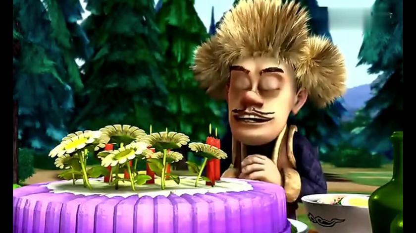 光头强对着蛋糕许愿,喜不胜收